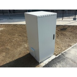 "LN-SBO-IP55-24U6060-LG-D1, LANDE, 24U 19"" 600x600 Outdoor IP55"