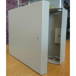MK-23, Кутия метална